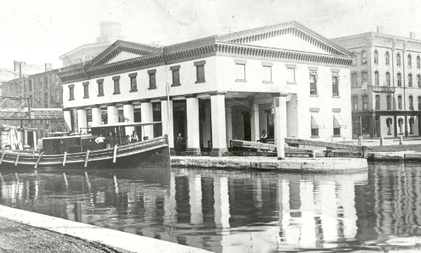 Special Sunday walking tour will look at the Syracuse Weighlock Building, located next to the site of the original Erie Canal.